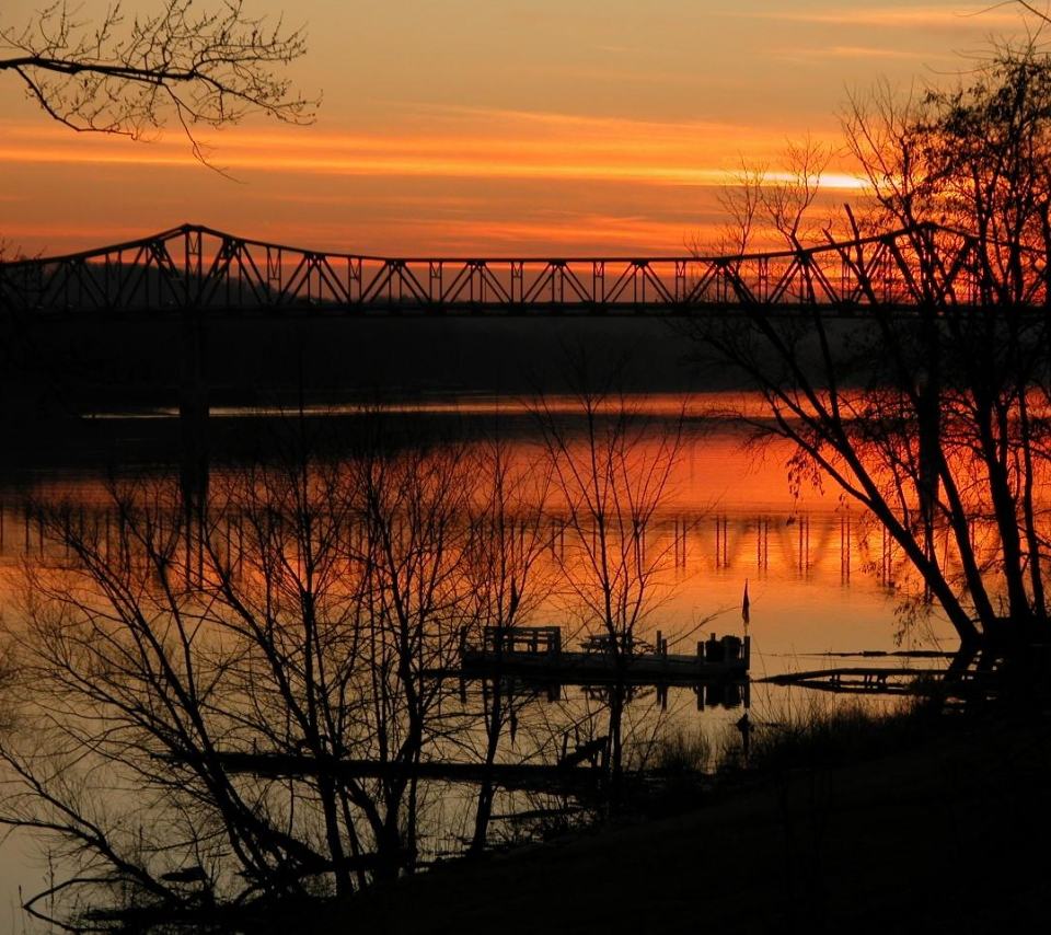 Sunset on the Ohio River 960x854