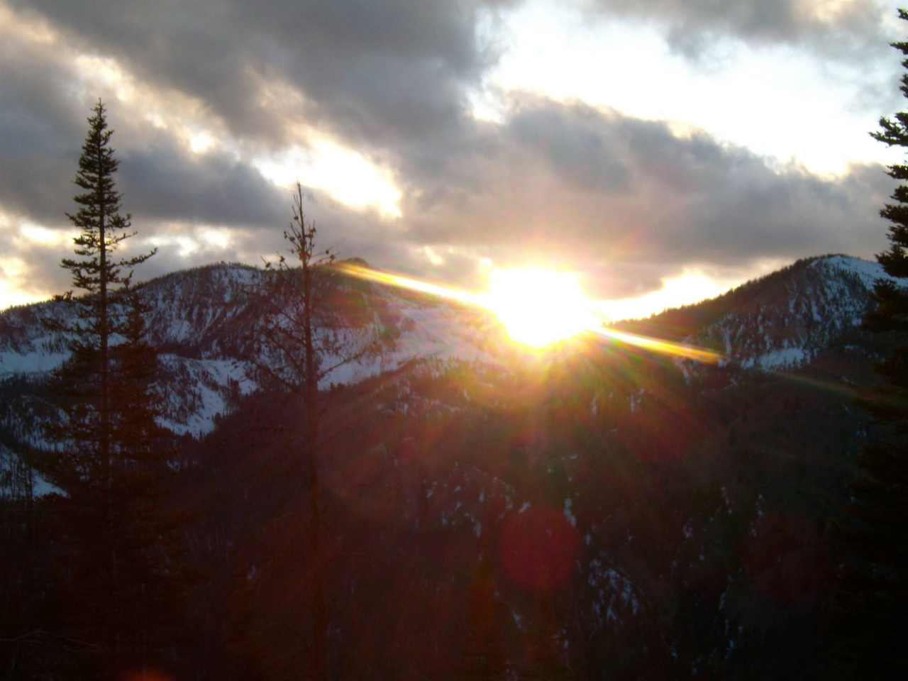 sunset over frank church river of no return wilderness area