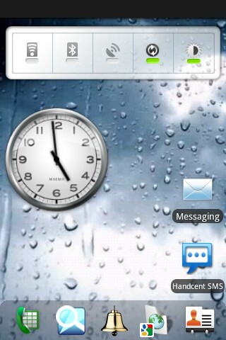 dxTop with application dock at bottom