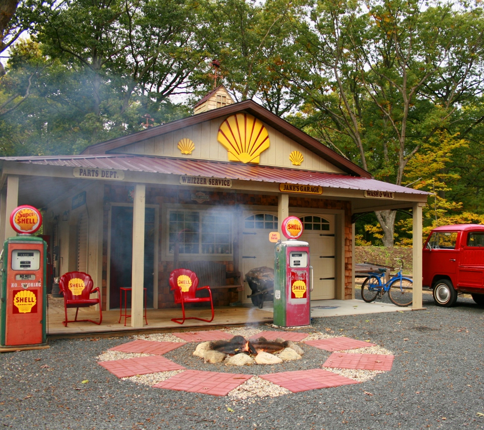 Gas Station at Lake Michigan
