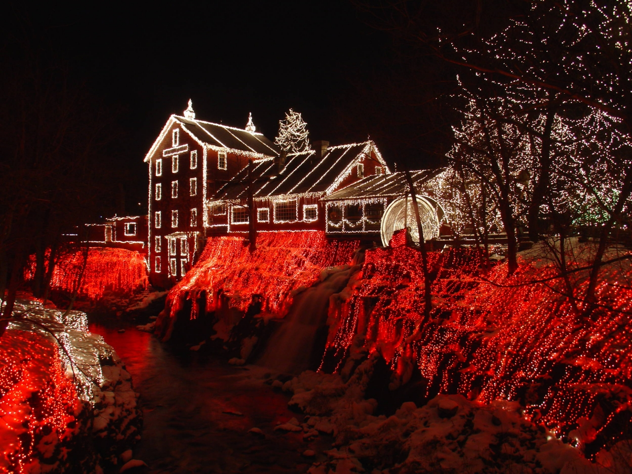 Clifton_mill_Xmas